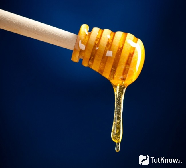 Стекание меда тягучей струей