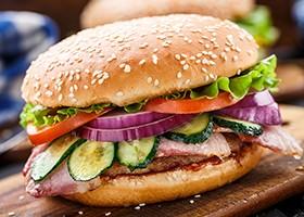 Бургеры в домашних условиях — 5 вкусных рецептов