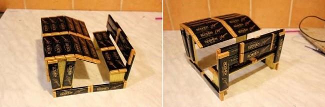 Приклеивание шоколадок к основе парты