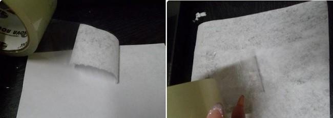 Снятие изнаночного слоя бумаги на распечатанных нотах для коллажа