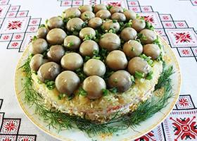 Салат грибная поляна: ТОП-5 рецептов на Новый год