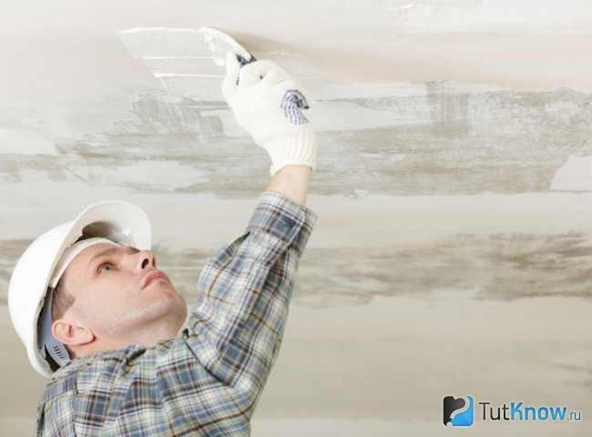 Как закрепить минвату на потолке