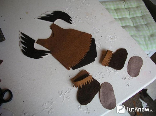 Выкройка одежды для объёмной куклы из фетра