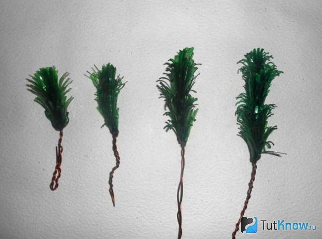 Четыре ветки ёлочки