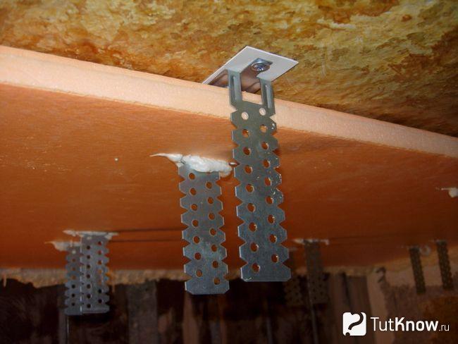 Монтаж пеноплекса на потолок