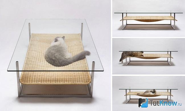 Подвесная лежанка под прозрачным столом