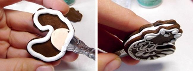 Насаживание петушка из полимерной глины на ложку