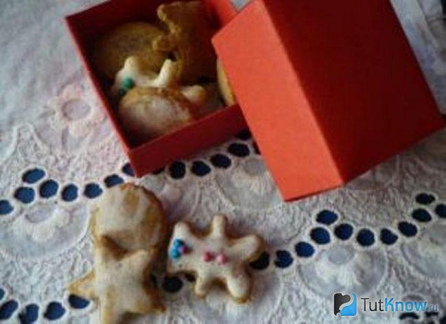 Вариант еды для кукол из солёного теста