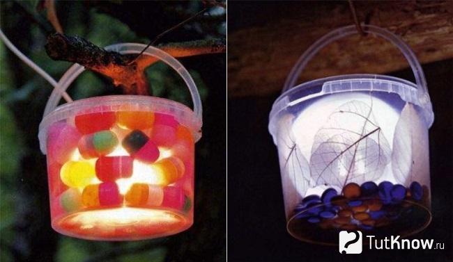 Два светильника из пластиковых ведёрок