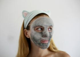 Пузырьковая маска Elizavecca Milky Piggy Carbonated Bubble Clay Mask